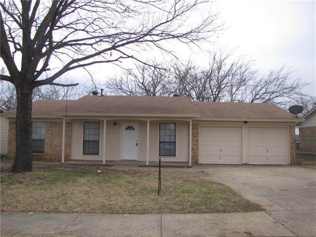 Photo of 508 Giles Avenue  Crowley  TX