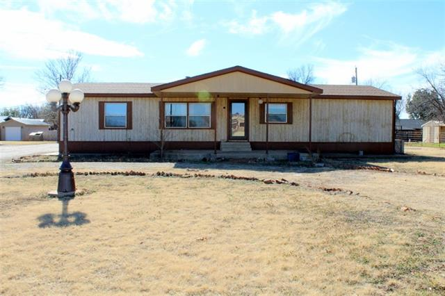 Photo of 1001 N 4th St E  Haskell  TX