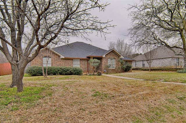 Photo of 104 Creek Side Court  Kennedale  TX