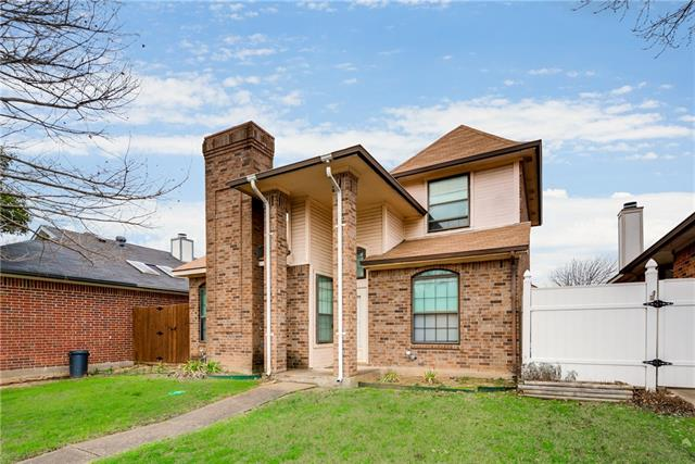Photo of 1133 Castlewood Court  DeSoto  TX