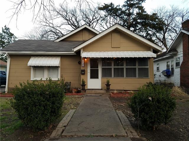 Photo of 1126 S Oak Cliff Boulevard  Dallas  TX
