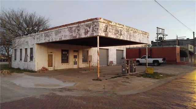 124 N Avenue C, Olney, TX 76374