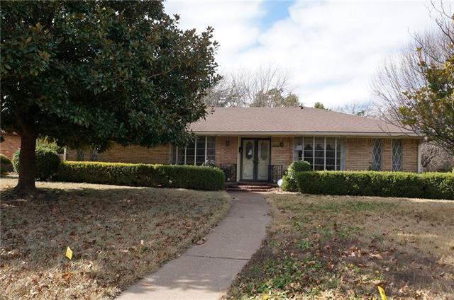Photo of 6305 Autumn Woods Trail  Dallas  TX