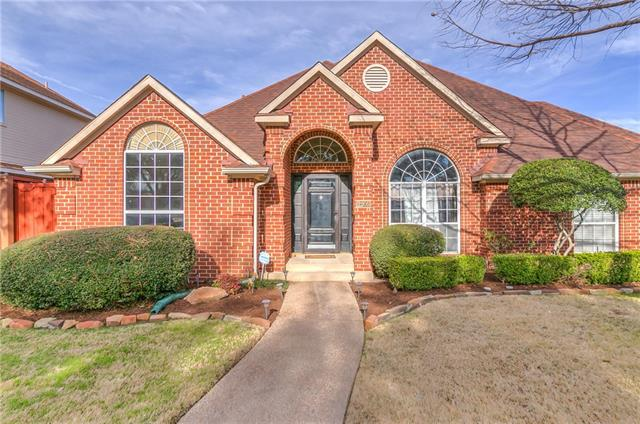 Photo of 2205 Southern Circle  Carrollton  TX