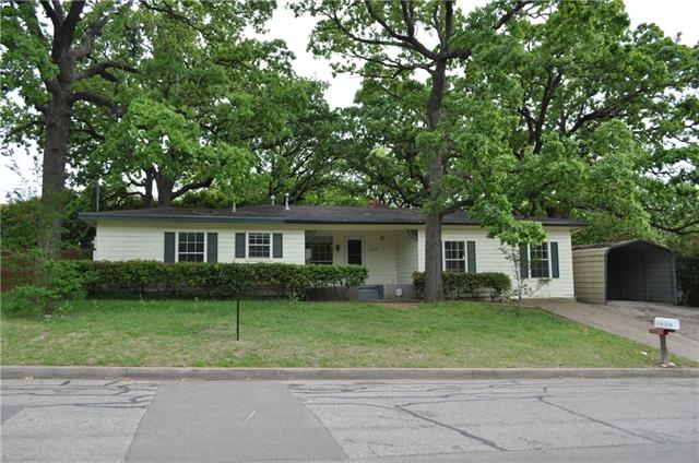 Photo of 1219 W Water Street  Weatherford  TX