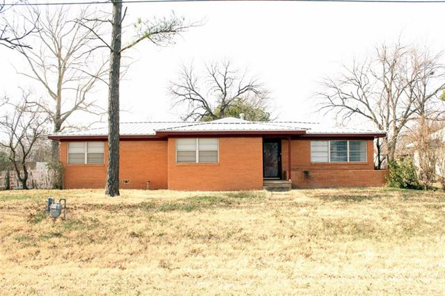Photo of 106 S Avenue H  Haskell  TX