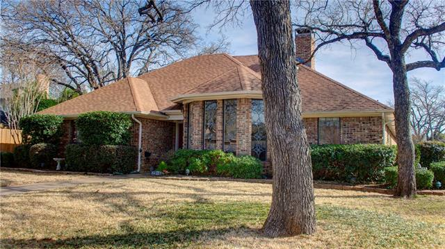 Photo of 2916 Ridgebend Drive  Grapevine  TX