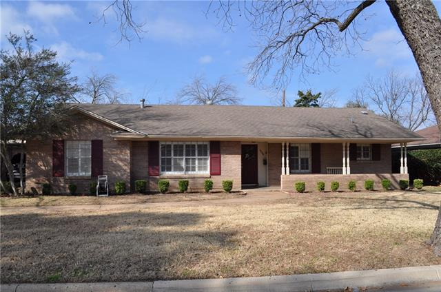 Photo of 1028 Forrest Drive  Arlington  TX