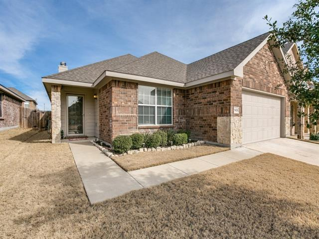 Photo of 9428 Tierra Verde Trail  Fort Worth  TX