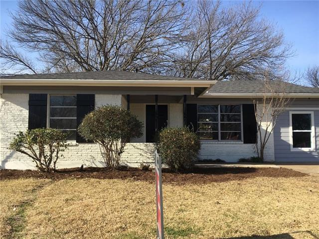 Photo of 408 Hillcrest Street  Mansfield  TX
