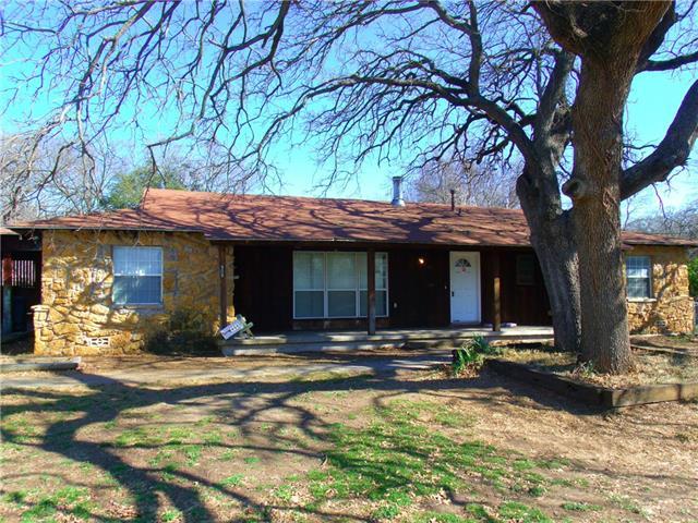 Photo of 908 N Rusk Street  Weatherford  TX