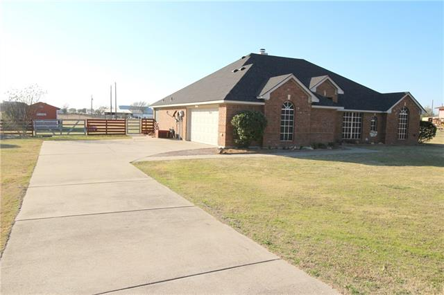 Photo of 194 Saddlebrook Court  Rhome  TX