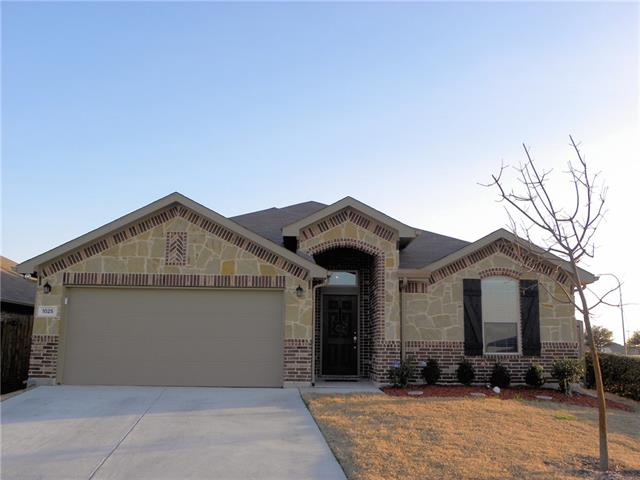 Photo of 1025 Rising Moon Drive  Fort Worth  TX