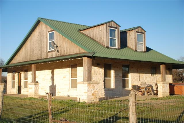 Photo of 301 County Road 1102  Rio Vista  TX