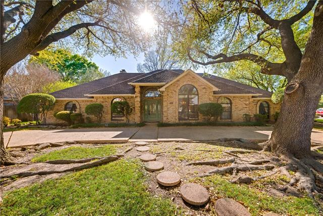 Photo of 6717 Blue Meadow Drive  Fort Worth  TX