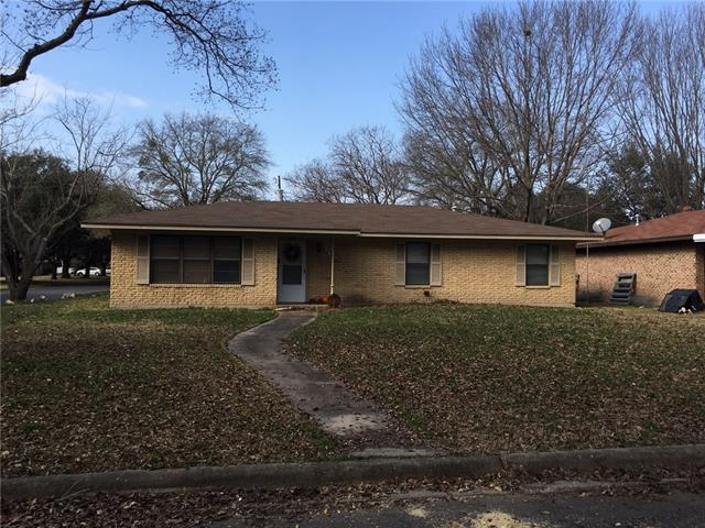 Photo of 328 Enfield Circle  Kerens  TX