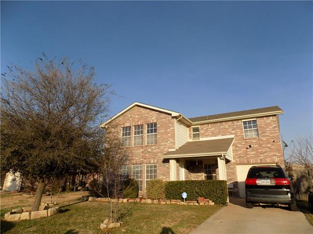 Photo of 7225 Autumn Moon Drive  Forest Hill  TX