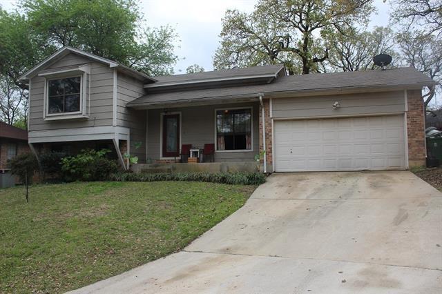 Photo of 6116 Farmingdale Drive  Arlington  TX