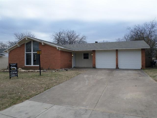 Photo of 1208 Dublin Drive  Fort Worth  TX