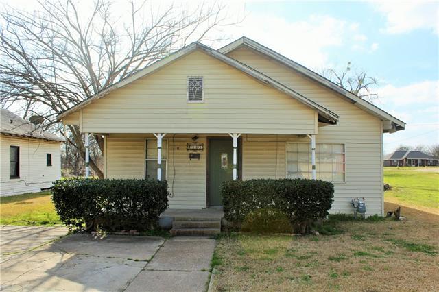 Photo of 1003 S Dallas Street  Ennis  TX