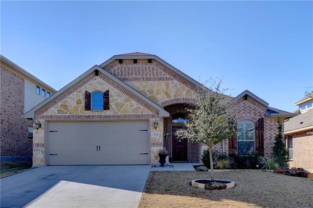 3924 Long Hollow Rd, Roanoke, TX 76262