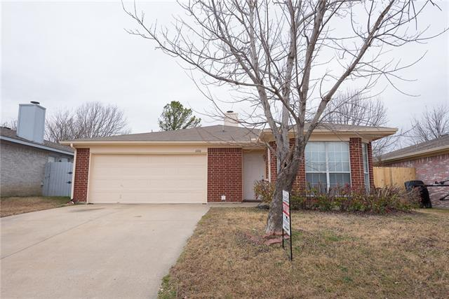 Photo of 6006 King William Drive  Arlington  TX