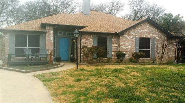 Photo of 728 Waterwood Lane  Mesquite  TX