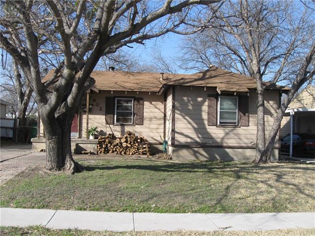 Photo of 1802 Maple Street  Grand Prairie  TX