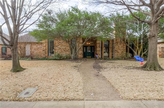 Photo of 4204 Brooktree Lane  Dallas  TX