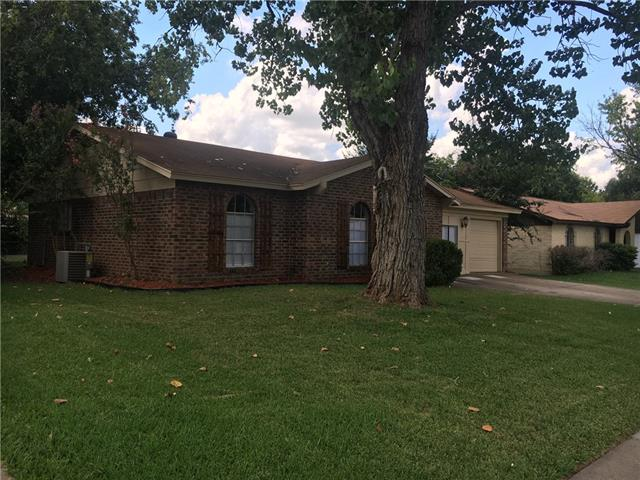 Photo of 724 Waverly Drive  Arlington  TX