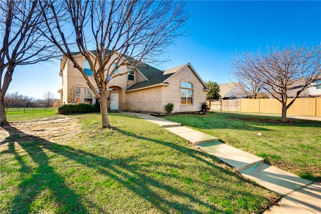 Photo of 2911 Lochwood Circle  Corinth  TX