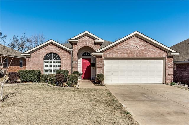 Photo of 1715 Cedar Elm Drive  Corinth  TX