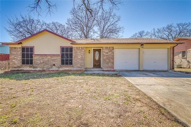 Photo of 3716 Brambleton Place  Forest Hill  TX