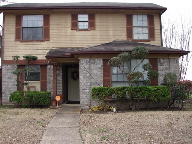 Photo of 2671 Clayton Oaks Drive  Dallas  TX