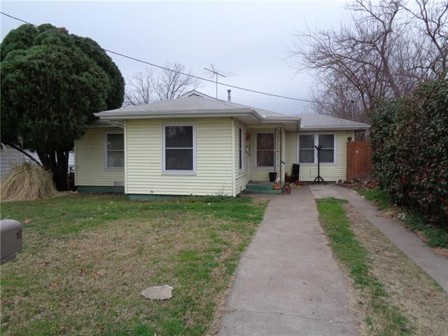 Photo of 1313 Oliver Street  Weatherford  TX