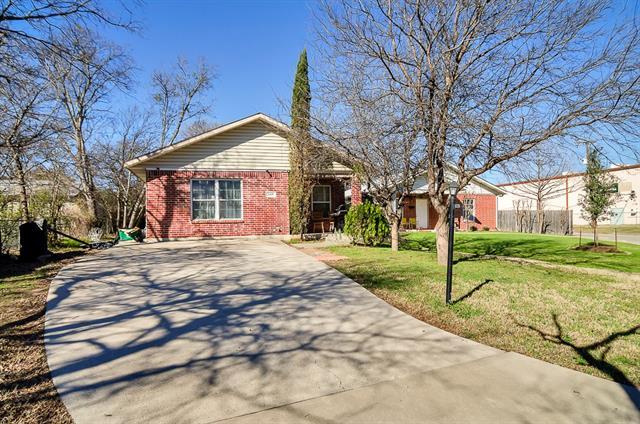 Photo of 507 3rd Street  Grand Prairie  TX