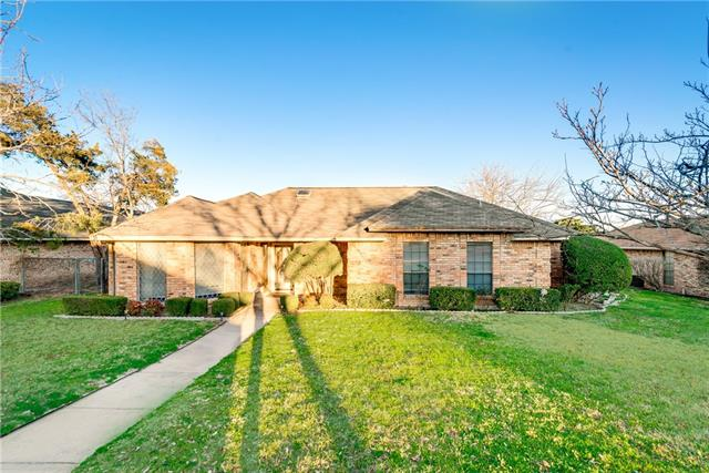Photo of 224 Driftwood Lane  DeSoto  TX