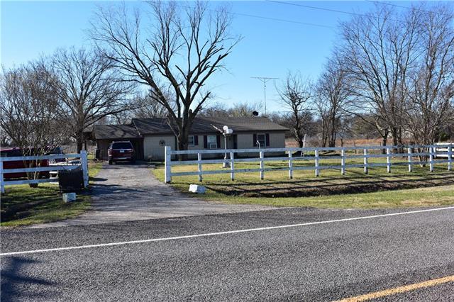 Photo of 3311 Farm Road 499  Cumby  TX