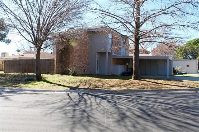 Photo of 6113 Springleaf Circle  Fort Worth  TX