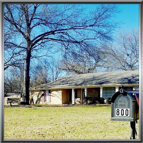 Photo of 800 Sweet Gum Street  Lindale  TX