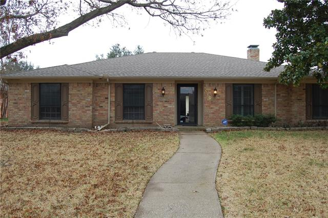 Photo of 910 Grinnell Drive  Richardson  TX