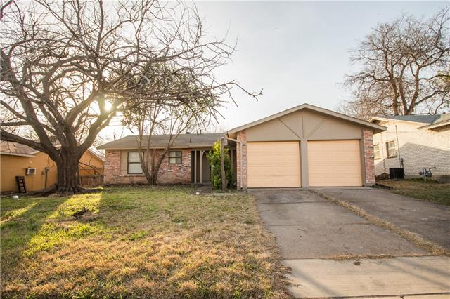 Photo of 3702 Lindsey Court  Arlington  TX