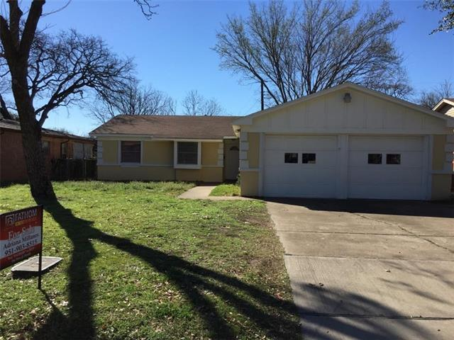 Photo of 1022 E Grauwyler Road  Irving  TX