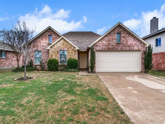 Photo of 230 Hilltop Drive  Justin  TX