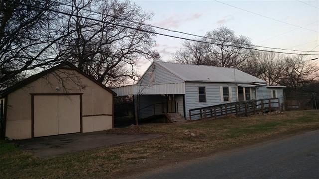 Photo of 103 Whispering Oaks Trail  Payne Springs  TX