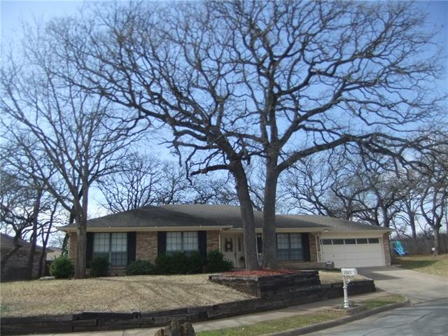 Photo of 2923 Tangle Oaks Court  Bedford  TX