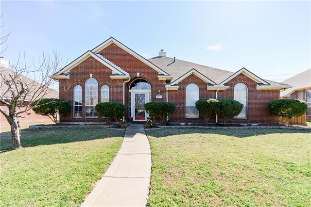 Photo of 11613 Amber Valley Drive  Frisco  TX