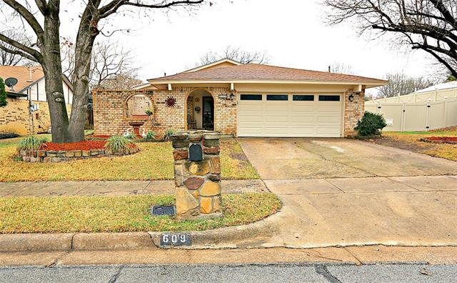 Photo of 609 Rusk Drive  Euless  TX