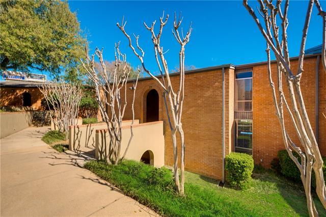Photo of 532 E Avenue J  Grand Prairie  TX