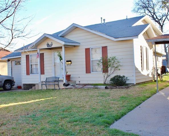 Photo of 2725 Livingston Avenue  Fort Worth  TX